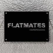 FLATMATES-hairdressing_09